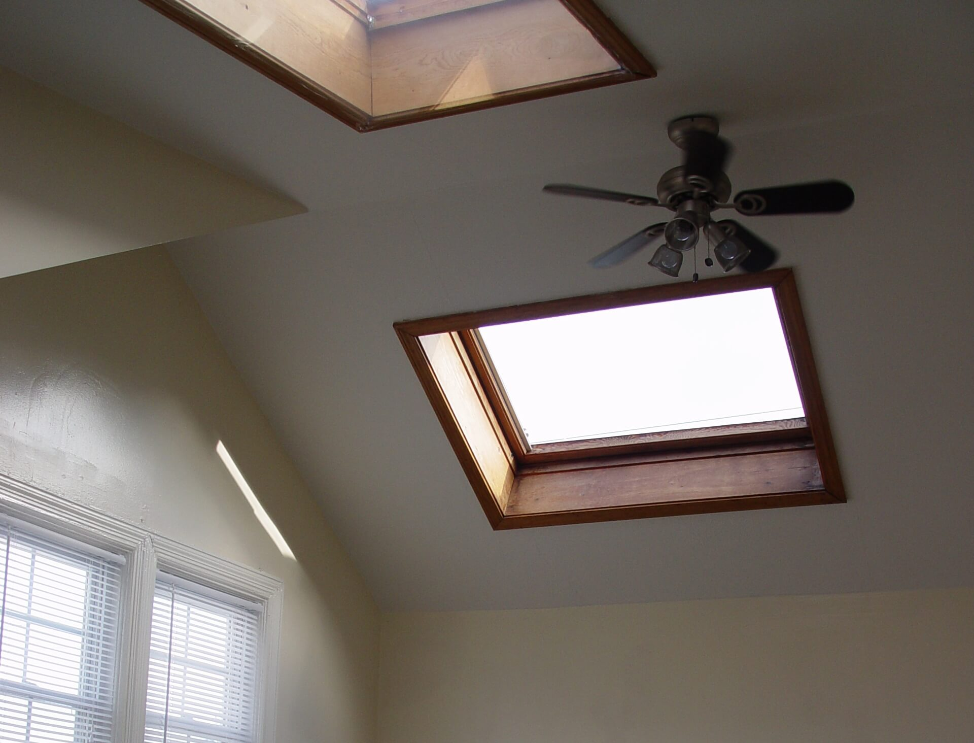 Featured Image for: Adding Skylights With Energy Star Rating To Your Home